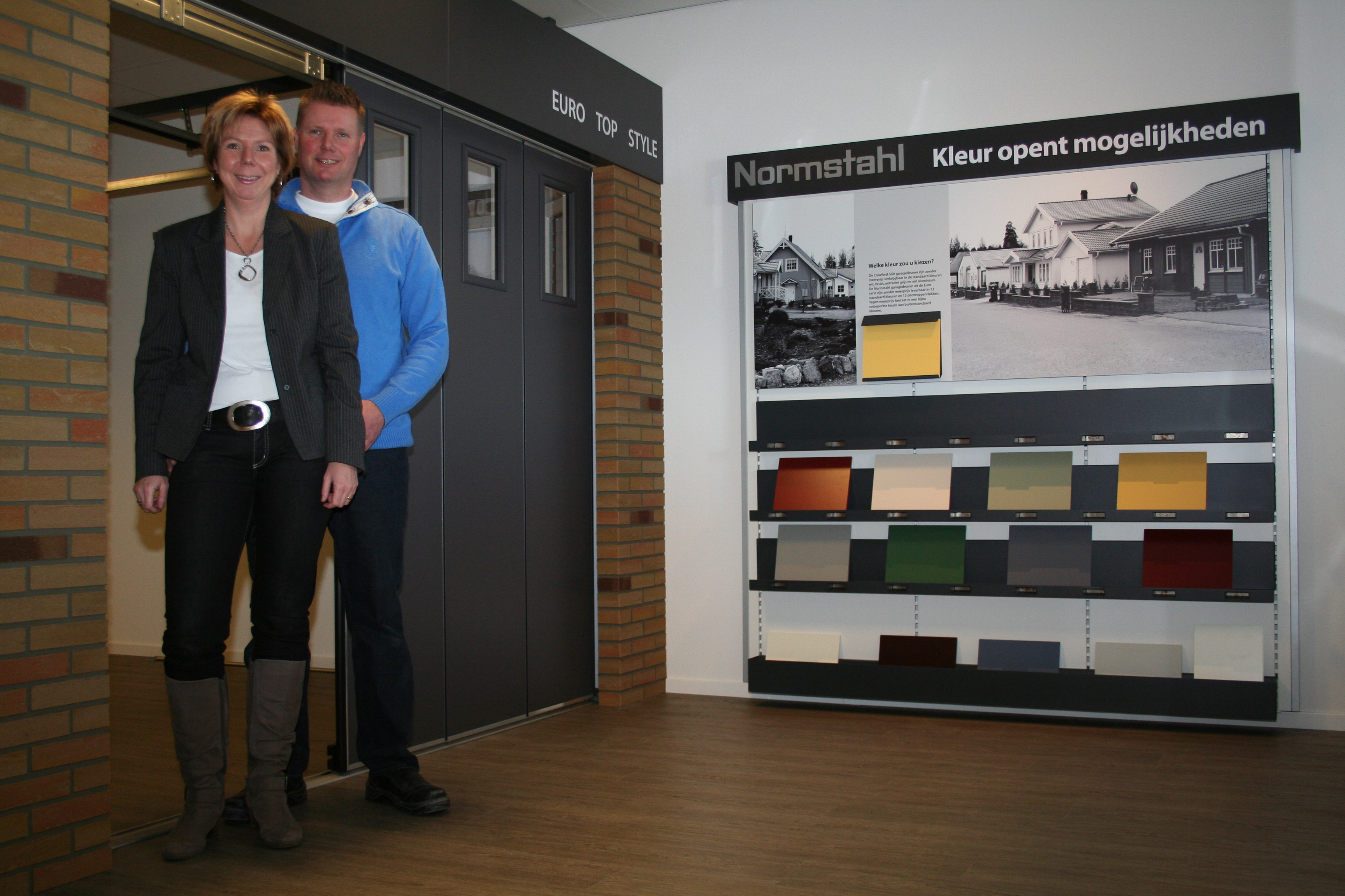 Foto-showroom-over ons-Van IJperen Garagedeuren