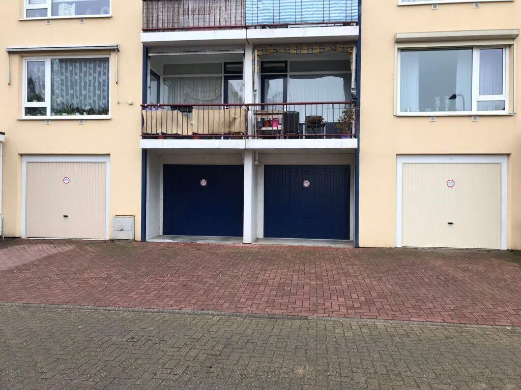 Katwijk nieuw project 54 kanteldeuren 022019